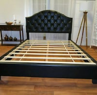 New queen leather bed frame  Clarksville, 21029