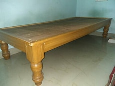 Single bed or cot