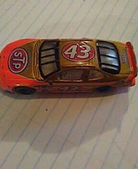 orange STP 43 stock car Springfield, 65802