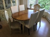 oval brown-and-white wooden 7-piece dining set Montréal, H1S 2V7