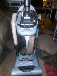 Hoover vacuum cleaner $60 great price for this ite