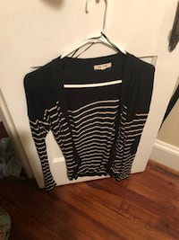 black and white long-sleeved shirt Frederick, 21701