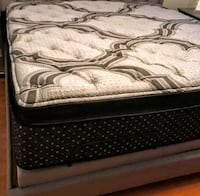 King mattress and box springs as a set or separately Nashville, 37217