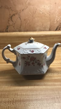 English Tea Pot  Spencer, 01562