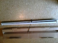 Hanging projection screen new in box Copperas Cove, 76522