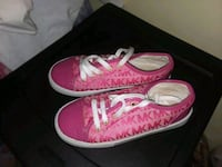 Girl shoes size 13  Temple Hills, 20748