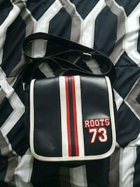 Roots 73 vintage side bag Whitby, L1R 2E5