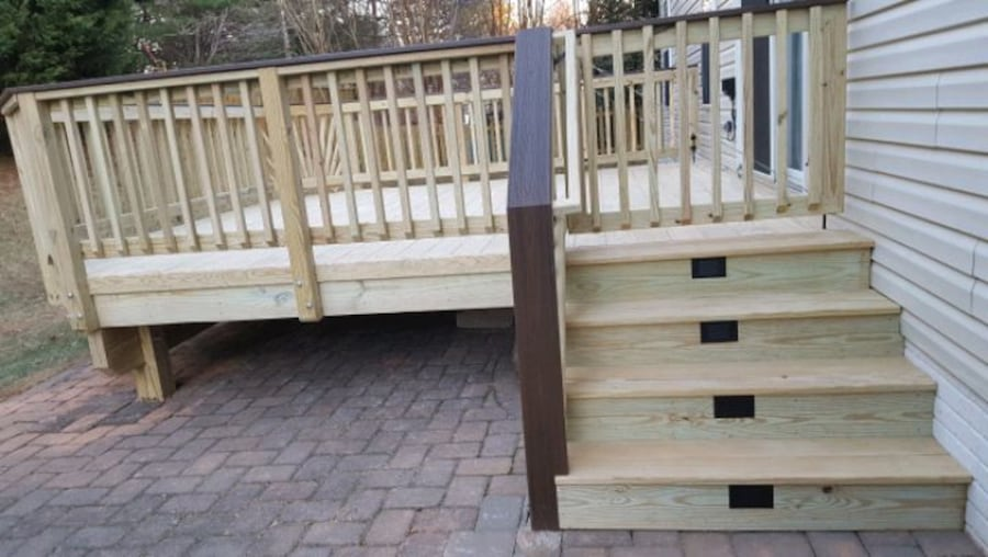 Deck and fence,free estimate .in virginia. 4