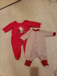 toddler's red and white onesie Harwood Heights