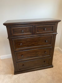 5 Drawer Chest Curtis Bay, 21226