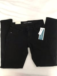 jeans brand new with tags Edmonton, T6L 3A3