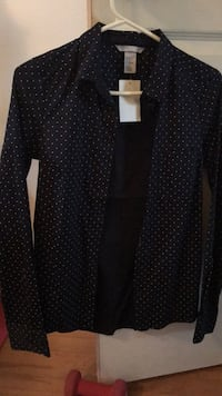 Womens  Button Down size2 Oceanside, 11572