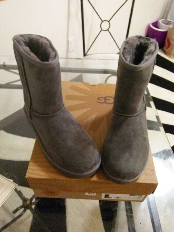 b13052211b1 Ugg. Care kit and never worn ugg boots