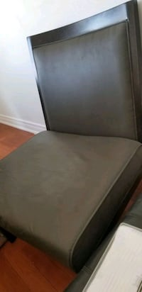 Super clean low profile oversized chair Pickering, L1V 4W6