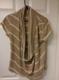 brown and white striped scoop-neck t-shirt