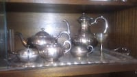 clear glass pitcher and cups Calgary, T2S 1J7