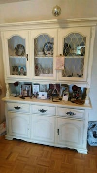 2 piece china cabinet white  Brampton, L6V 1H4