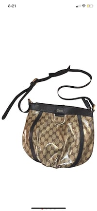 Authentic Gucci D-ring crossbody