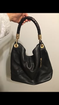 Black Leather Michael Kors Purse Calgary, T3C 0M5