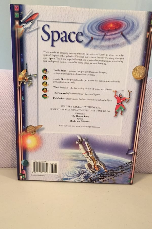 Readers digest Pathfinders. Space. New hardcover book. 2699c20d-7146-42d2-82b5-36e86f84e12d