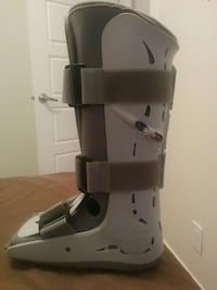 Airboot (Aircast) size  9. Very Good condition