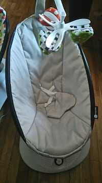 gray and black car seat carrier CALGARY