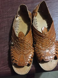 brown leather sandals size 11
