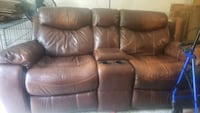 Dual Leather Recliner Chesapeake, 23325