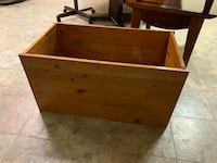 Solid wood chest/ Rod iron blanket rack (priced separately) Chantilly, 20152