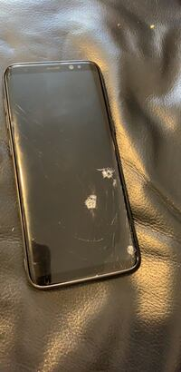 Galaxy S8 64 gb cracked screen but it works all good Surrey, V3S 7Z5