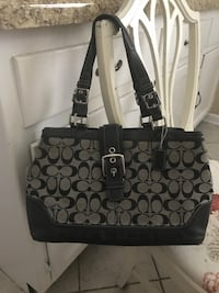 Coach purse good condition  St. Charles, 60174