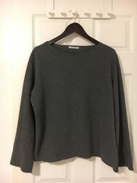 Zara sweater small Port Moody, V3H 1P7