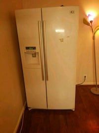 white side by side refrigerator with dispenser Herndon, 20170
