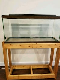brown wooden framed glass tank Springfield, 22152