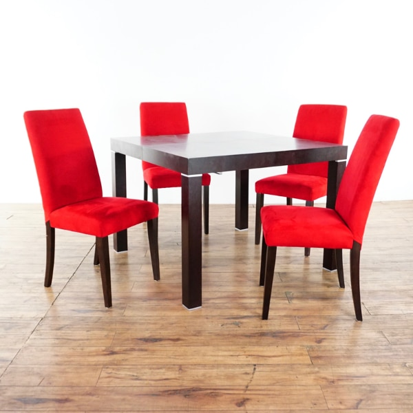 Bo Concept Five Piece Dining Set 1016730