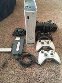 White xbox 360 console with controllers Bethlehem, 18017