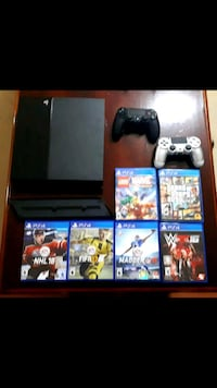 PS4 500GB, 2 controllers, 6 games and cooling pad Toronto, M9C 1A8