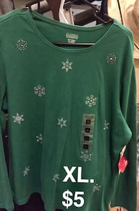 green and white floral scoop-neck shirt Eastvale, 92880