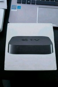 Apple tv with box, remote and cables. Burnaby, V5H 2Y3