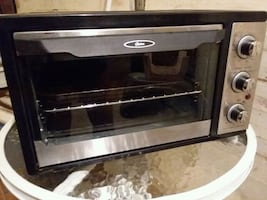 NICE GIFTS! CHEAP! OYSTER OVEN LIKE NEW!! SUPER CLEAN!
