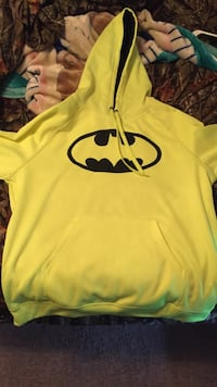 yellow and black Under Armour pullover hoodie Austin, 78741