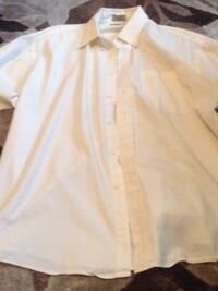 T&t dress shirt size 17 neck 32/33 length Burlington, L7L