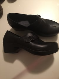Ladies Dansko Black clogs  Powell, 37849