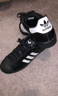 Adidas Men's Superstar Black/White Shoes Size 12 Frederick, 21704