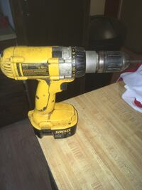 DeWalt power drill without charger Johnston City, 62951
