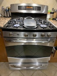GE Profile Gas Range 5 Stove with convection