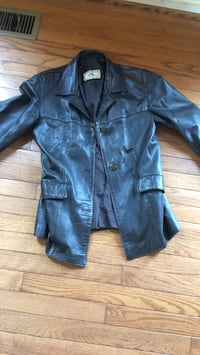 leather jacket Alexandria, 22315