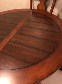 brown wooden oval dining table New Braunfels, 78130