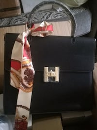 Beautiful  style bags in black and beige Mississauga, L4Z 4K5