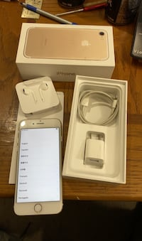IPHONE7 128GB UNLOCKED GOLD & WHITE LIKE NEW IN BOX WITH ACCESSORIES